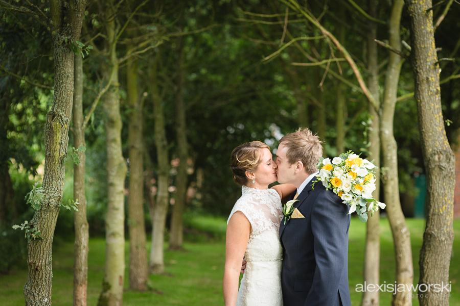 shustoke farm barns wedding photography-147