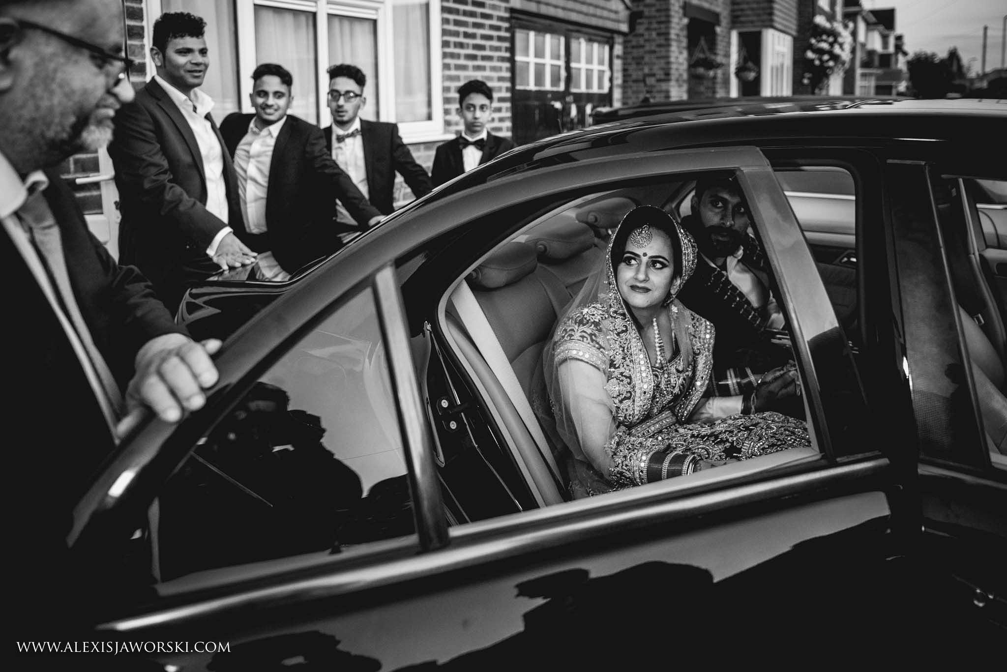 Windsor Racecourse wedding photographer-771-2