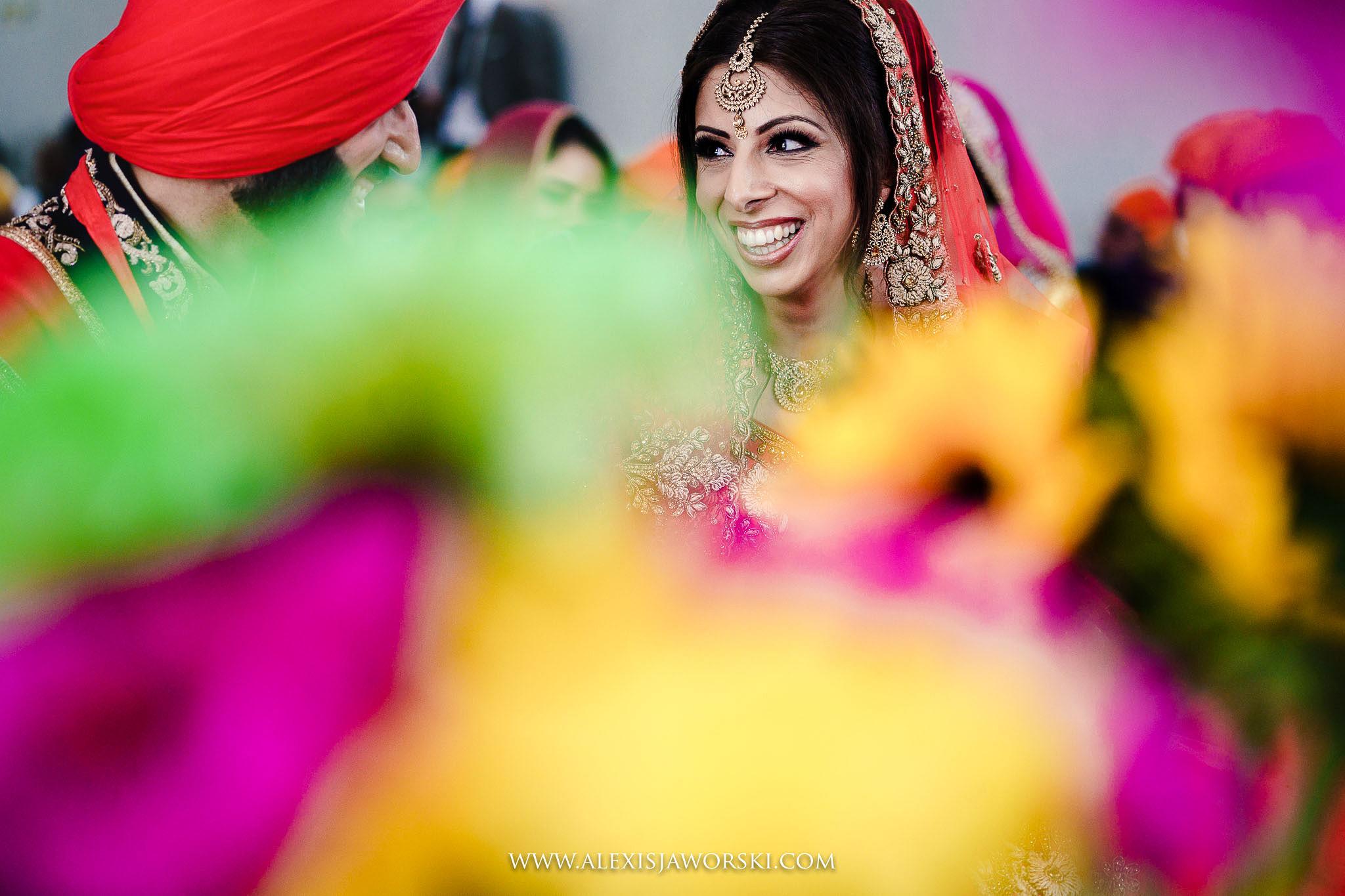 candid portrait f bride