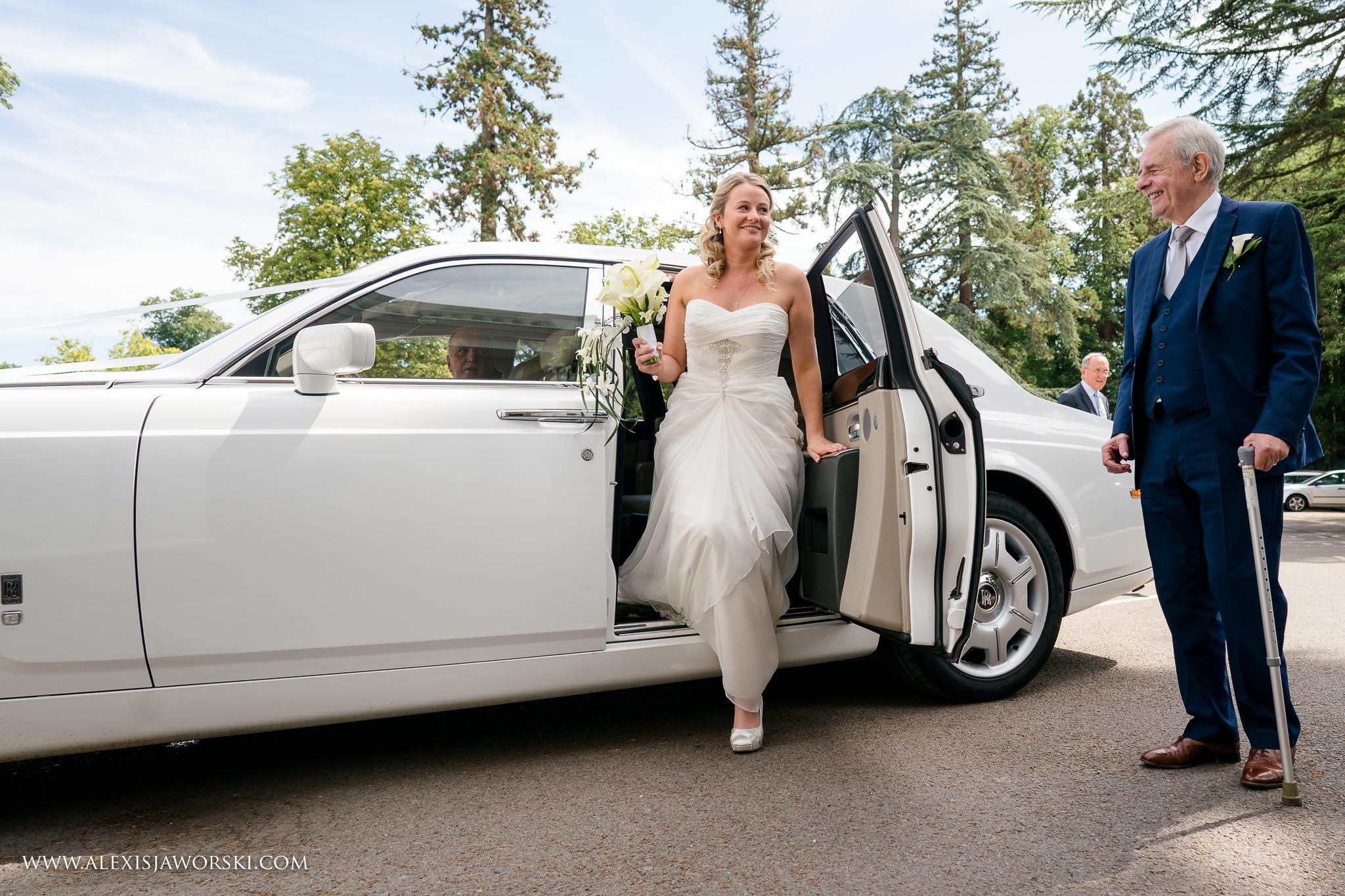 bride arriving at venue