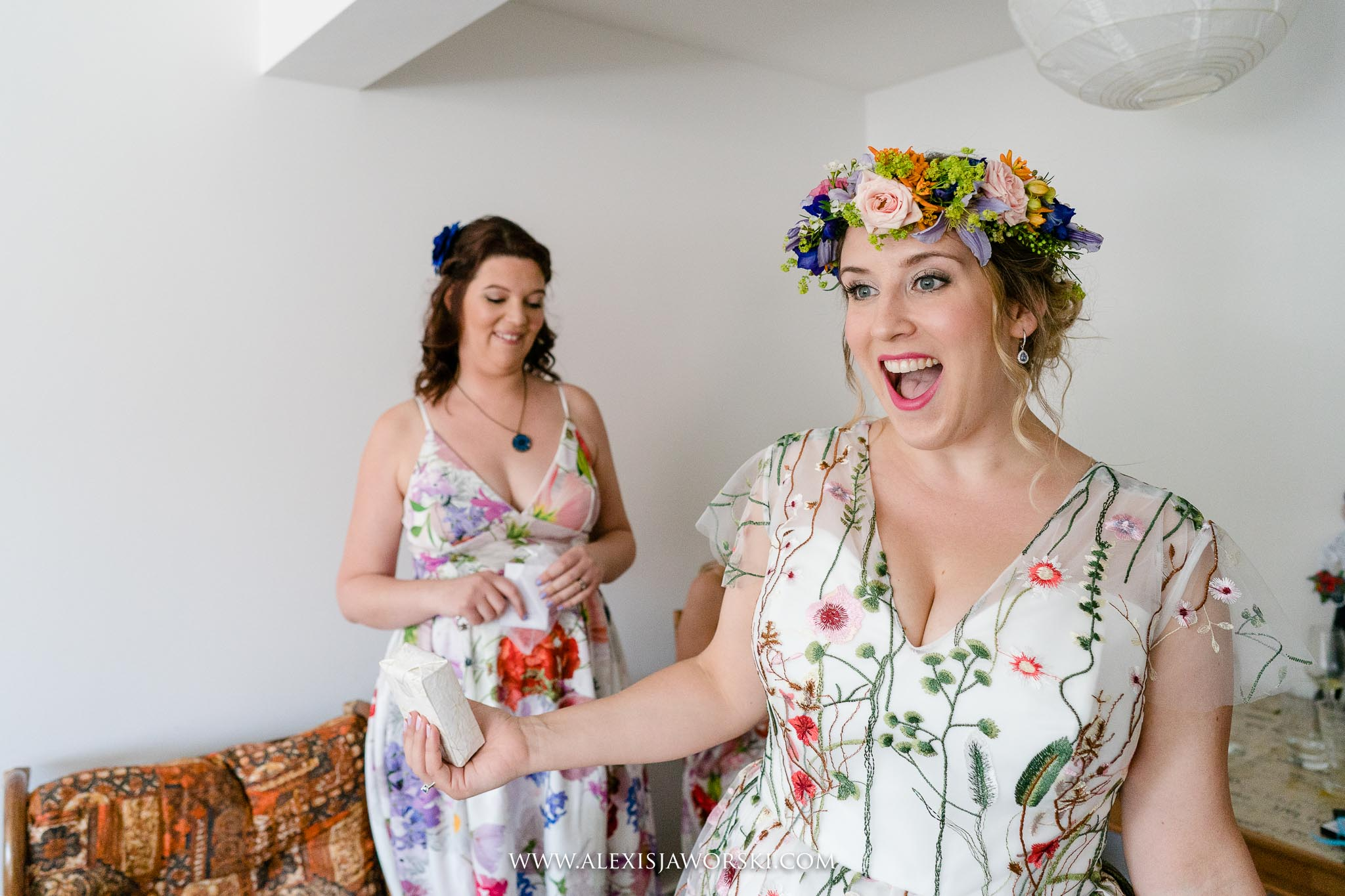bride happy win wedding dress