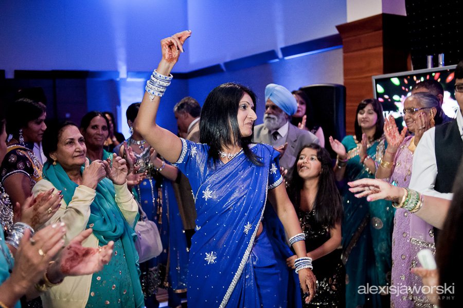 sikh wedding party photos-114