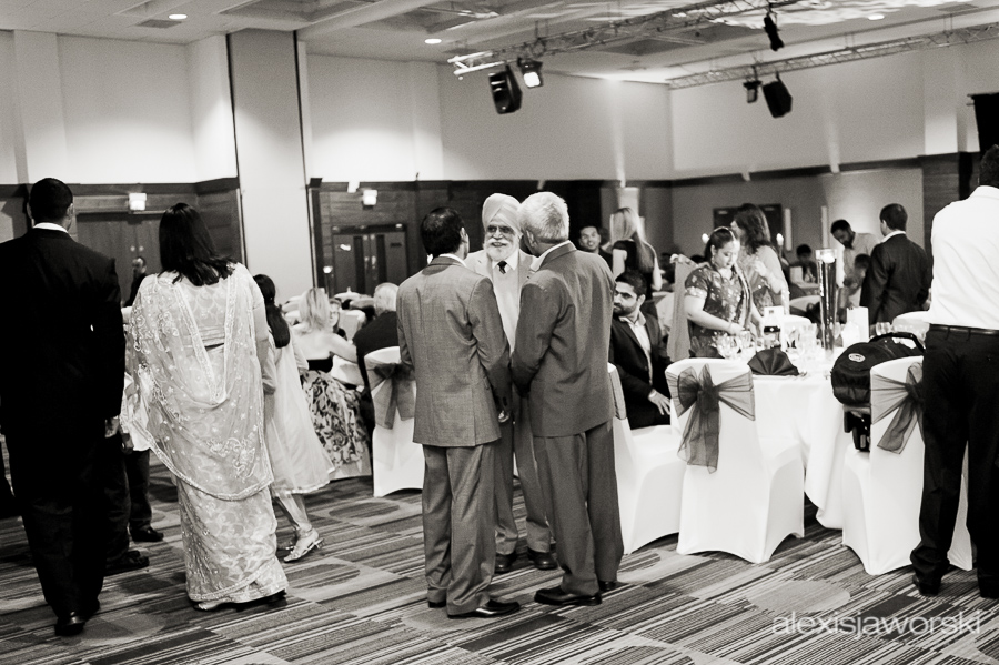 sikh wedding party photos-33