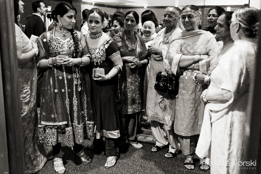 sikh wedding party photos-41