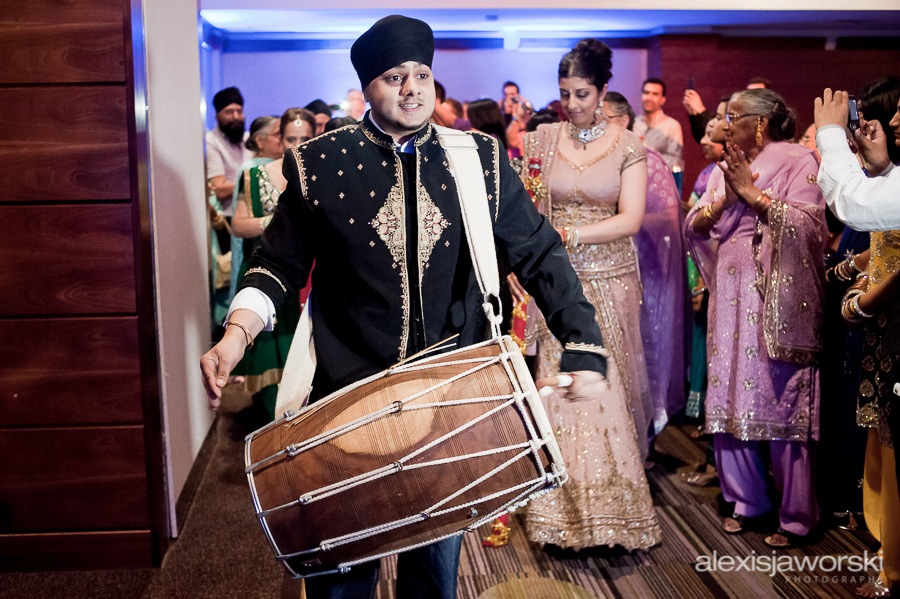 sikh wedding party photos-70