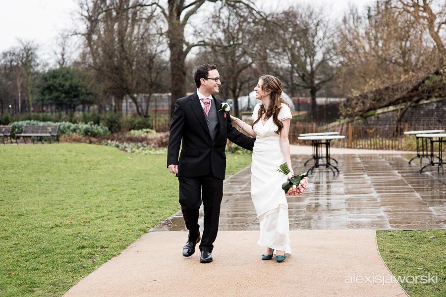 wedding photographer clissold house-86