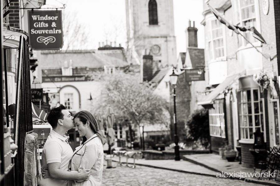engagement photos in windsor 5