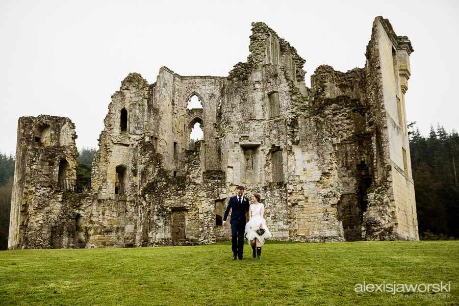 wedding photographer old wardour castle-143