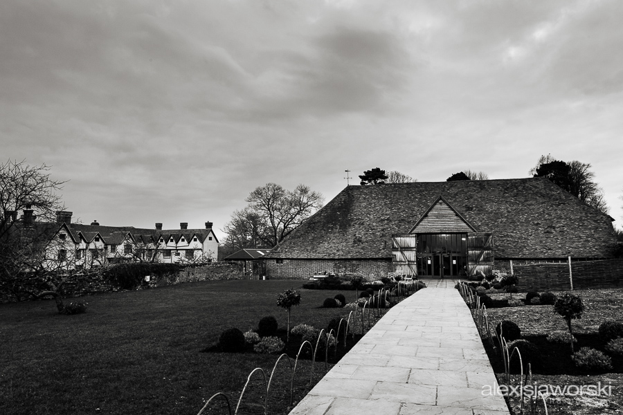 wedding photographer ufton court-233