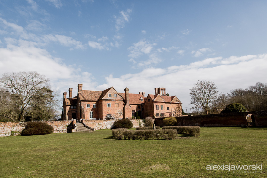 wedding photographer ufton court-9