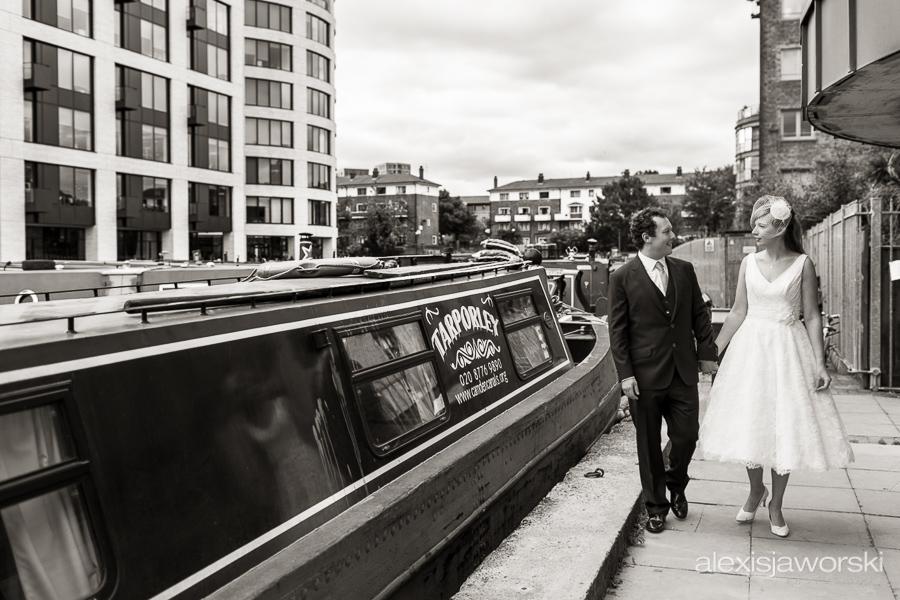 london canal museum wedding photographer-117