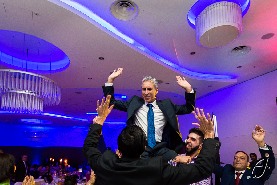 guests dancing at london heathrow hotel