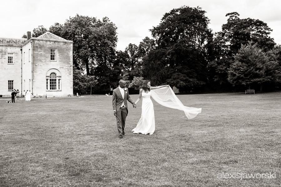 wedding photographer hitchin priory-174
