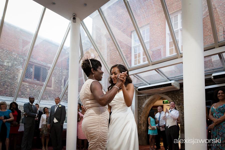 wedding photographer hitchin priory-267