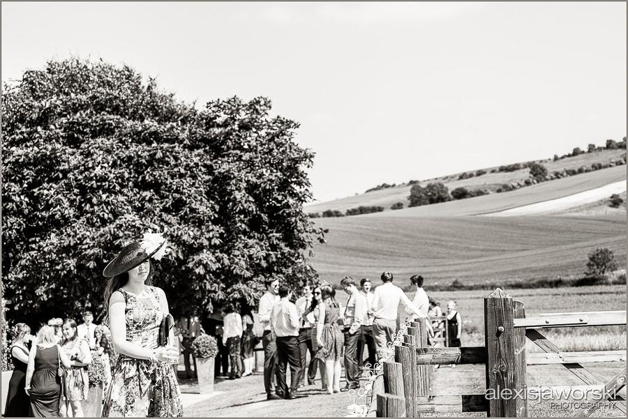 wellington barn wedding photos-17-2