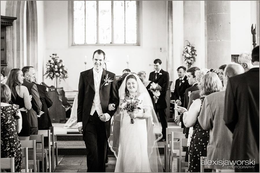 wellington barn wedding photos-4-2
