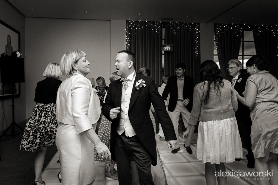 bowood golf club wedding photographer-292