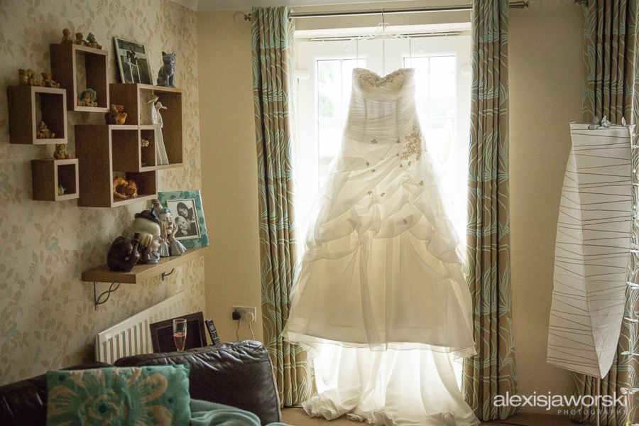 lains barn wedding photographer-8