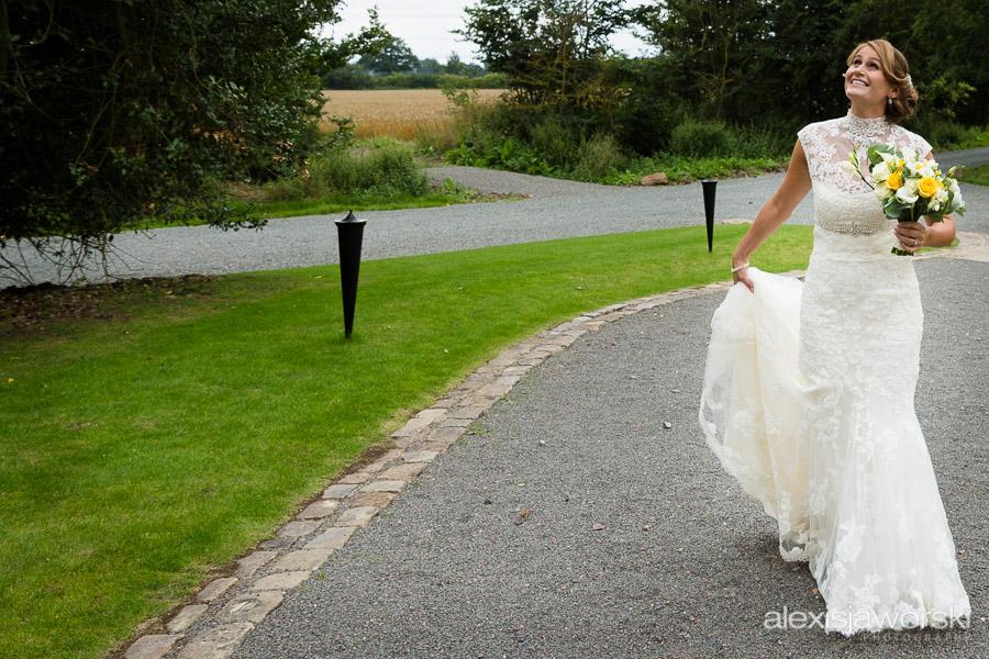 shustoke farm barns wedding photography-38