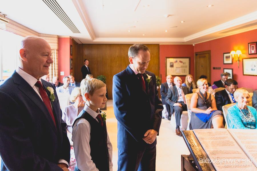 wenworth golf club wedding photography-9