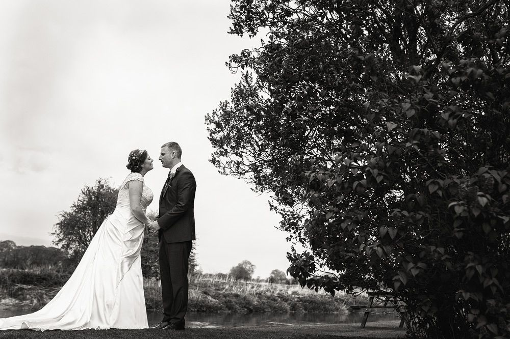 the trout tadpole bridge wedding photography-114