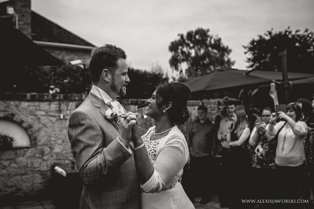 wedding photographer berkshire_sanctum on the green-272