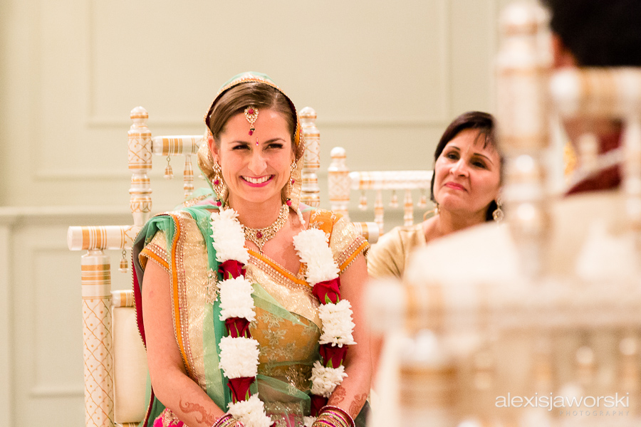 Bride portrait at Hindu Ceremony