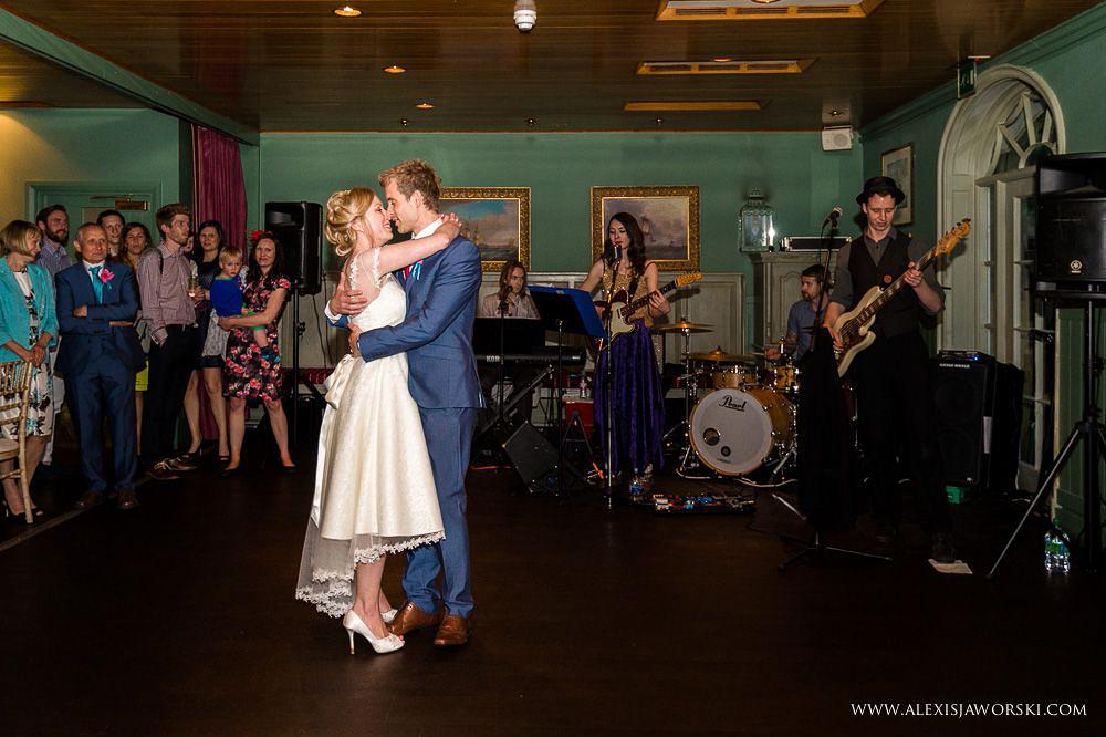 wedding photographer beaulieu-302-2