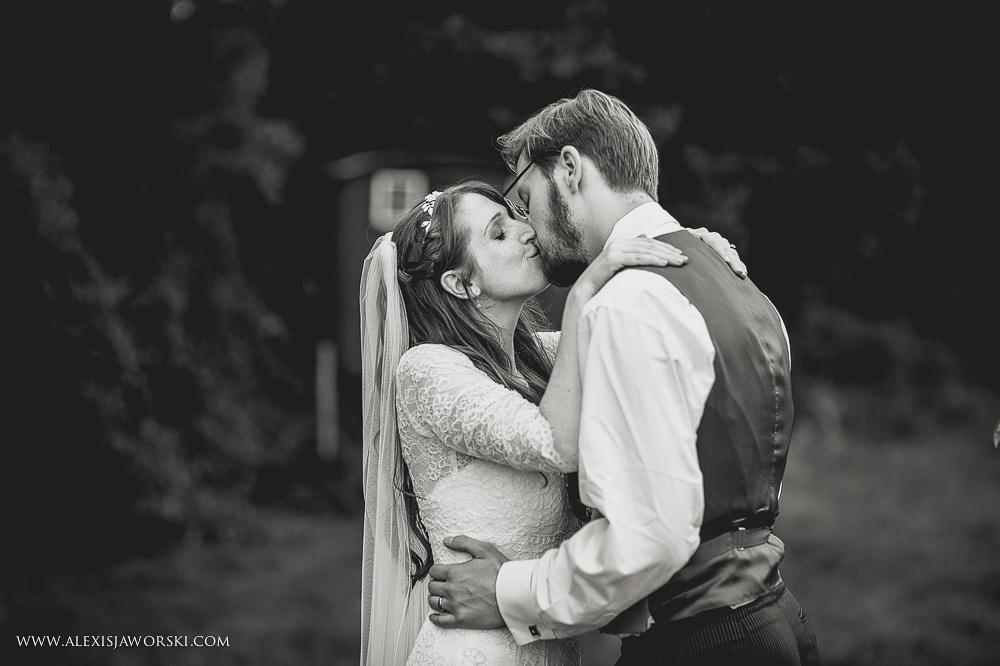 gildings farm barn wedding photographer-261-2
