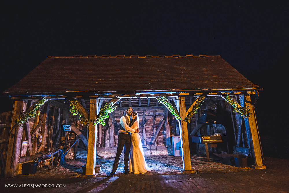 gildings farm barn wedding photographer-333-2
