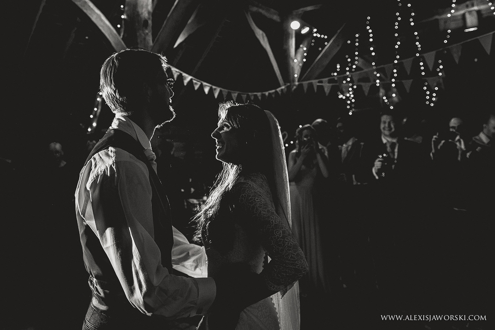 gildings farm barn wedding photographer-345
