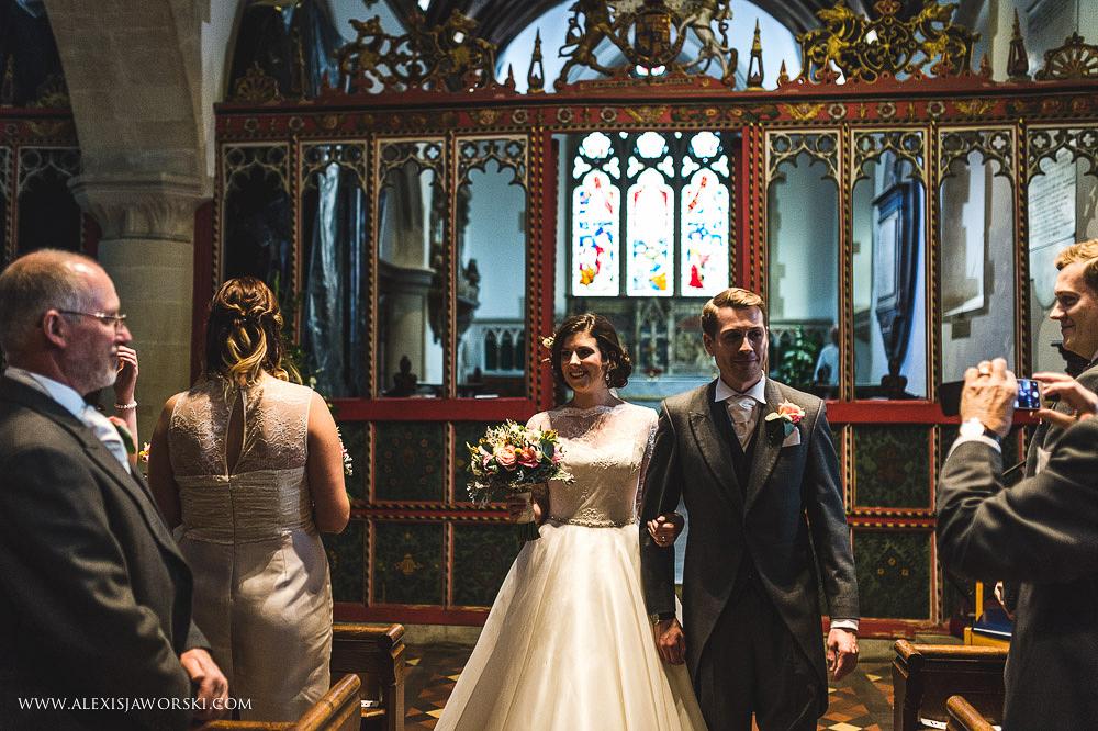 st. nicholas church in hurst berkshire wedding photos-131-2