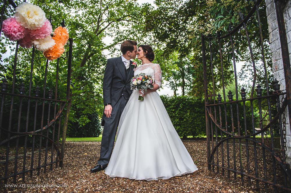 st. nicholas church in hurst berkshire wedding photos-244-2