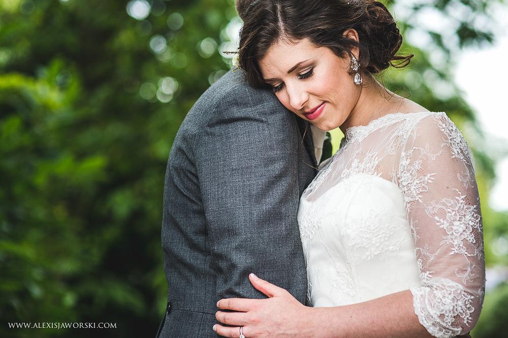 st. nicholas church in hurst berkshire wedding photos-245-2