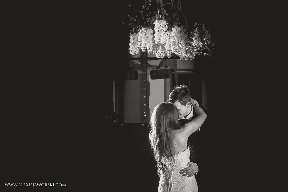 Gate Street Barn Wedding Photos-394-2