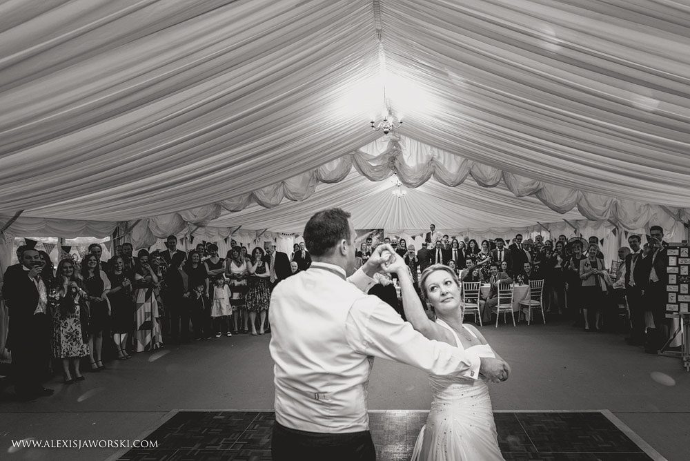 Marquee Wedding Photos in Buckinghamshire-415-2