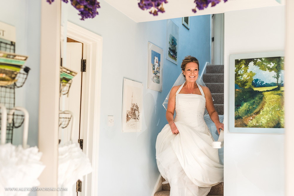 Marquee Wedding Photos in Buckinghamshire-51-2