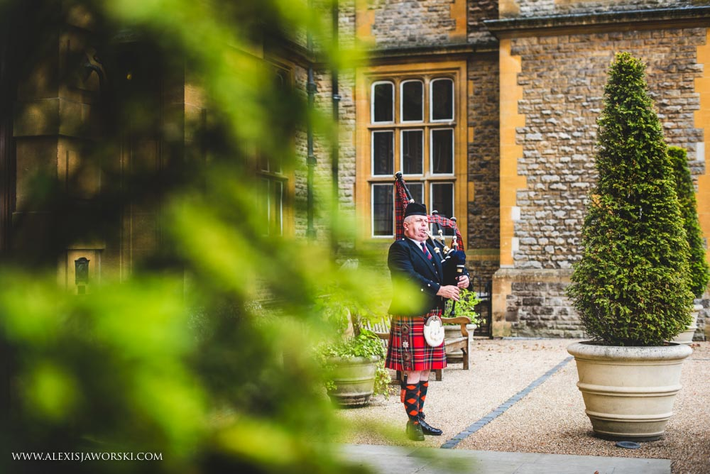 Eynsham Hall Wedding Photos-21-2