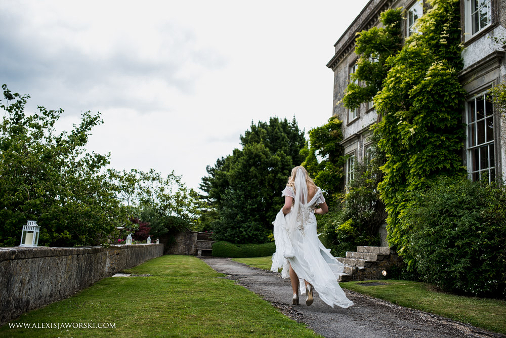 Bride walking at Hamswell House