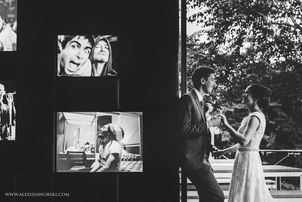 Islington Town Hall wedding photos-215-2-2