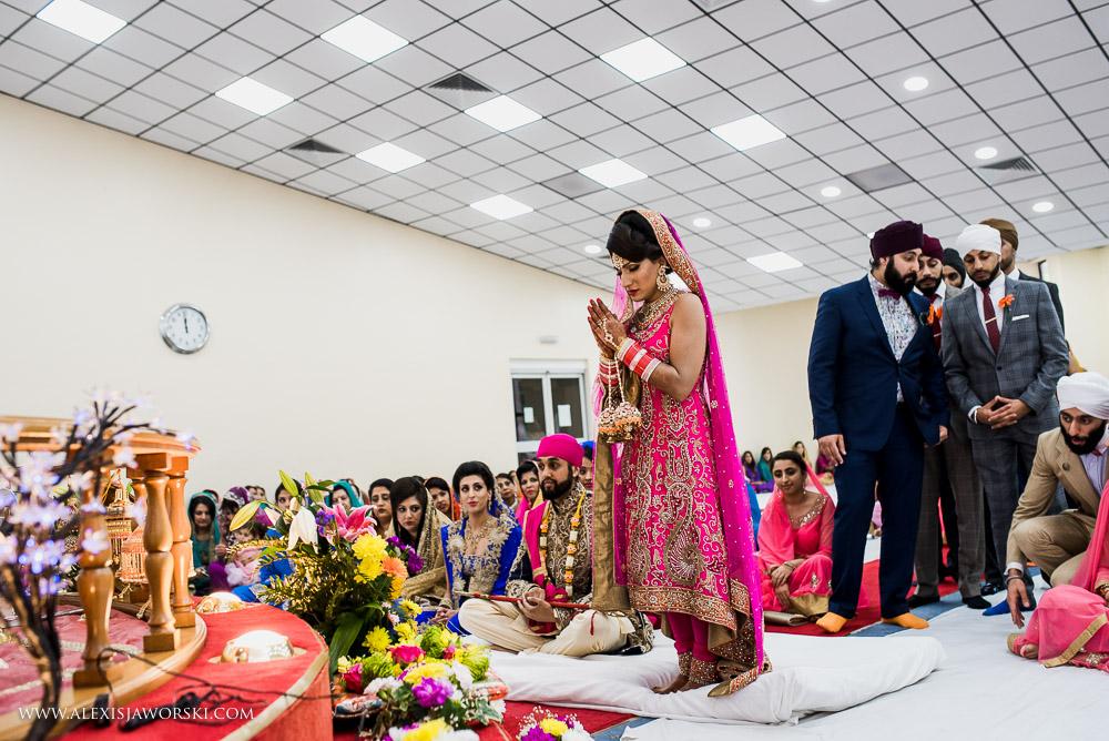 Sikh Wedding photos berkshire-237-2