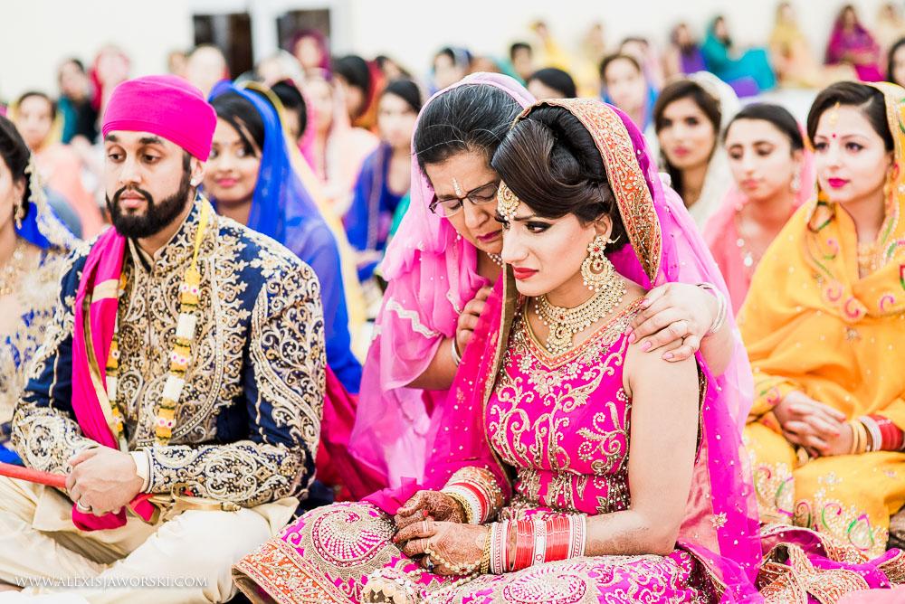 Sikh Wedding photos berkshire-258-2