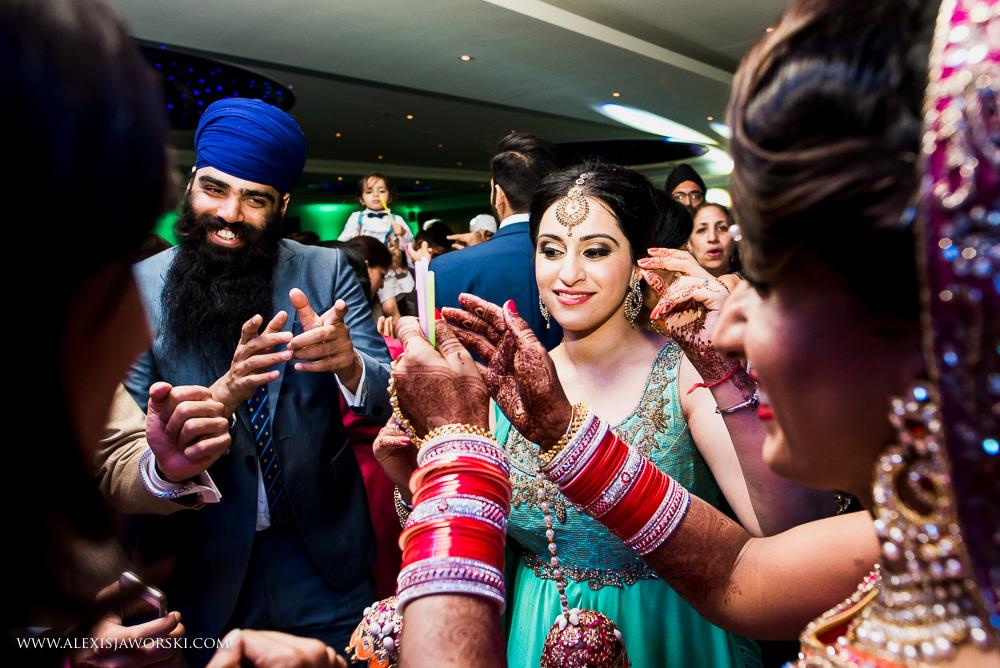 Sikh Wedding photos berkshire-404-2