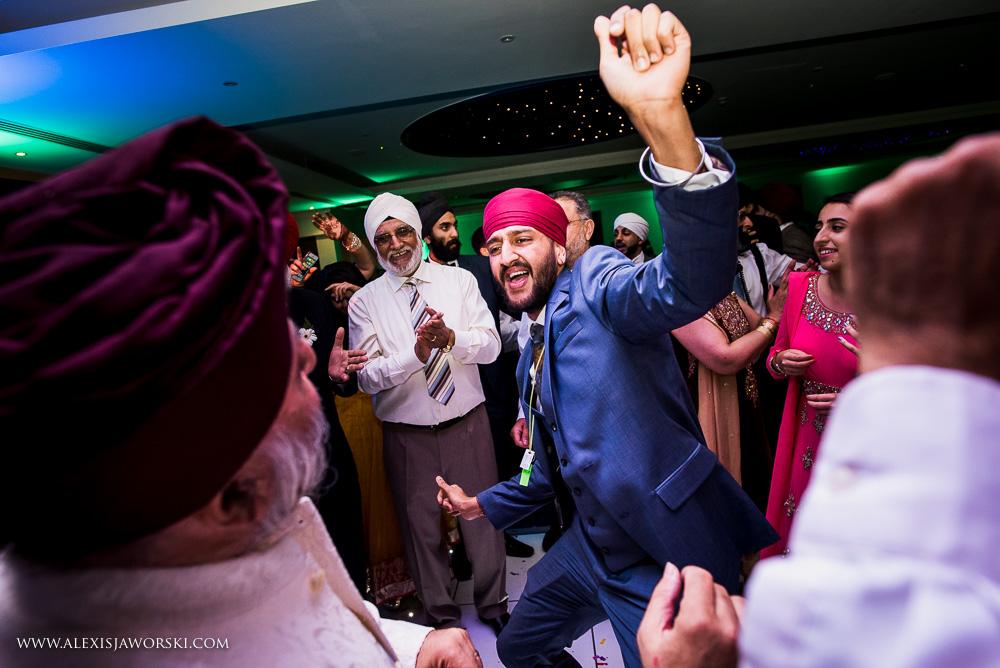 Sikh Wedding photos berkshire-415-2