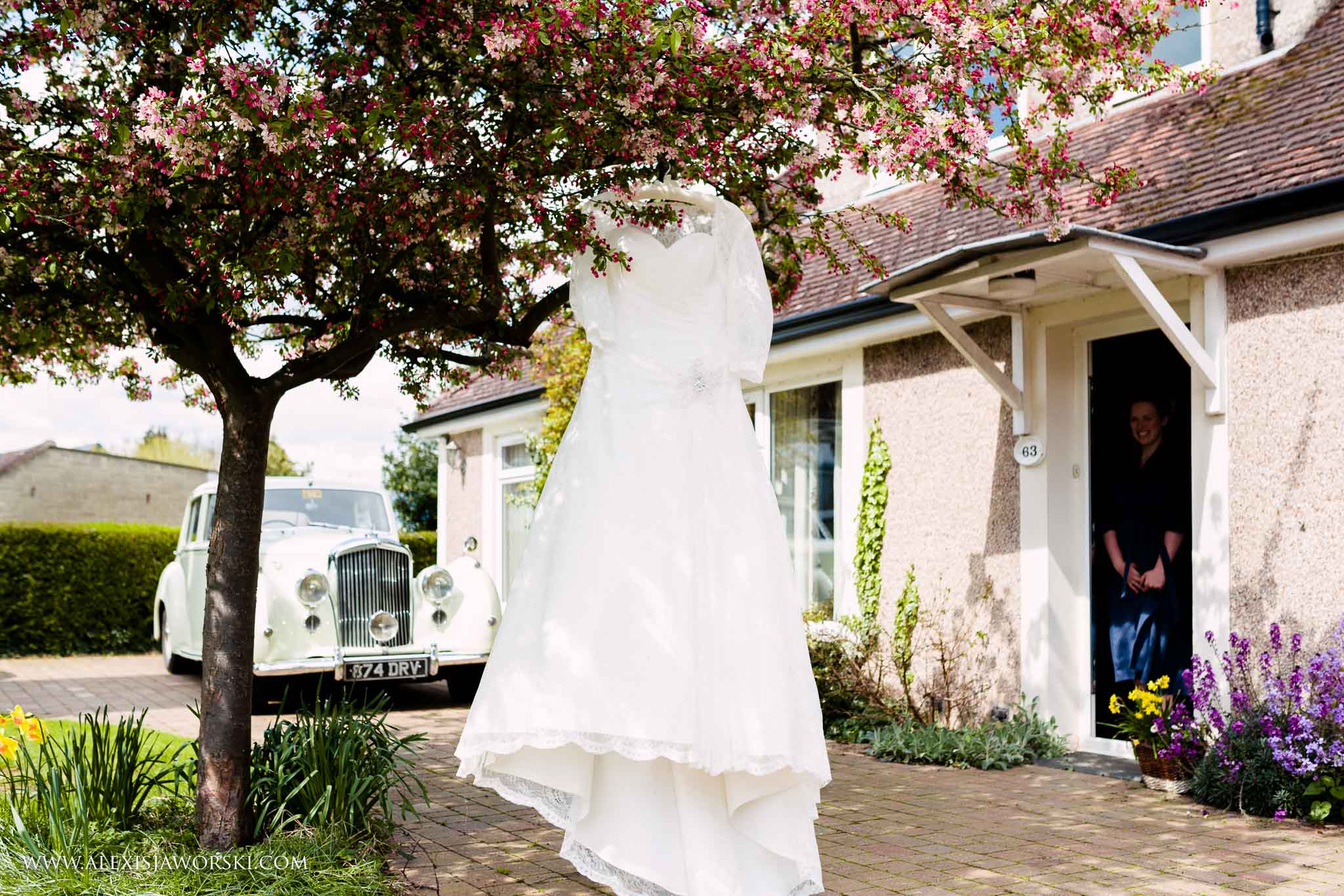 The Cherwell Boathouse Wedding Photos-23-2