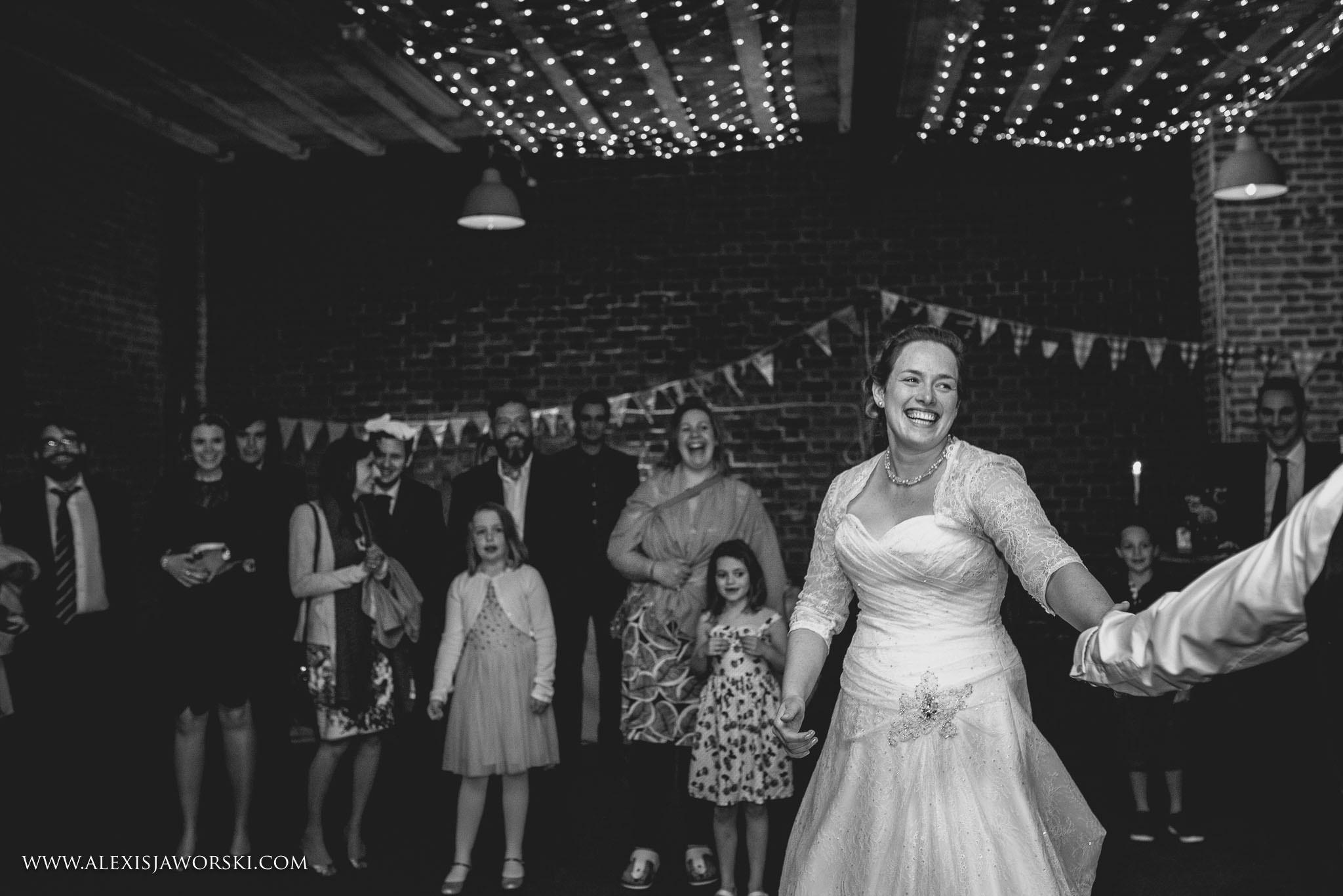 The Cherwell Boathouse Wedding Photos-416-2
