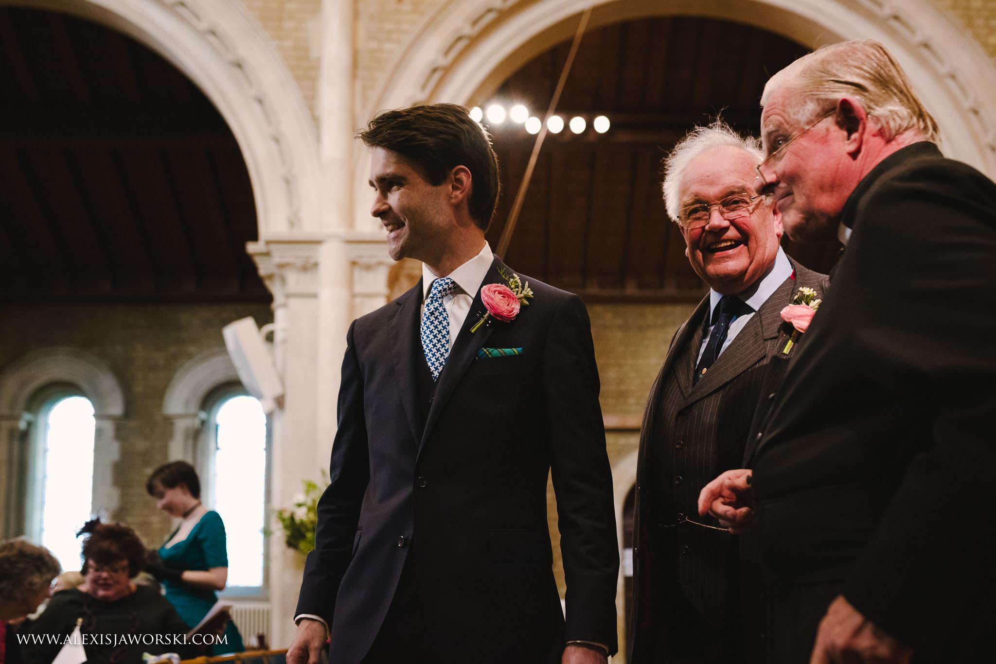The Cherwell Boathouse Wedding Photos-43-2