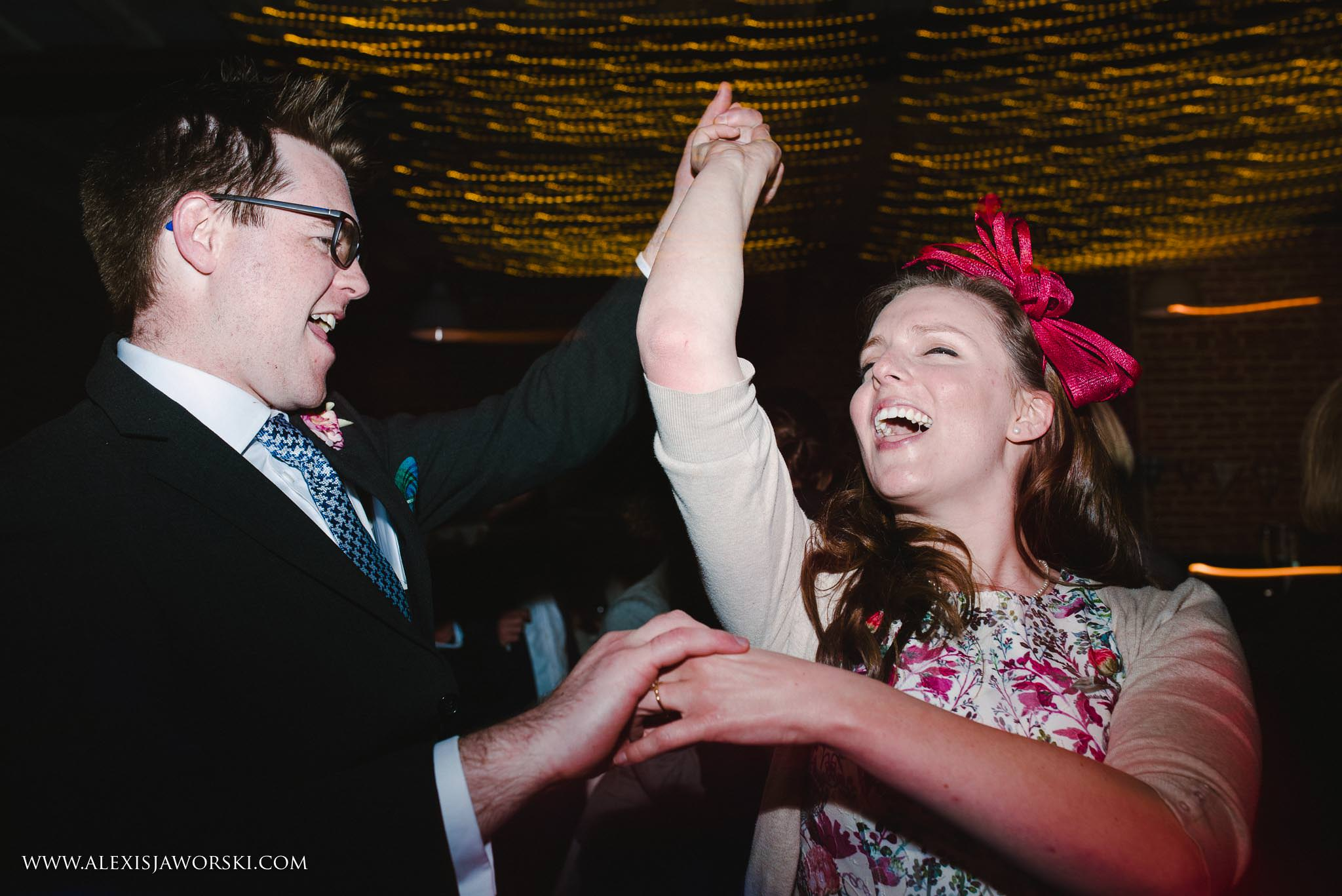 The Cherwell Boathouse Wedding Photos-434-2