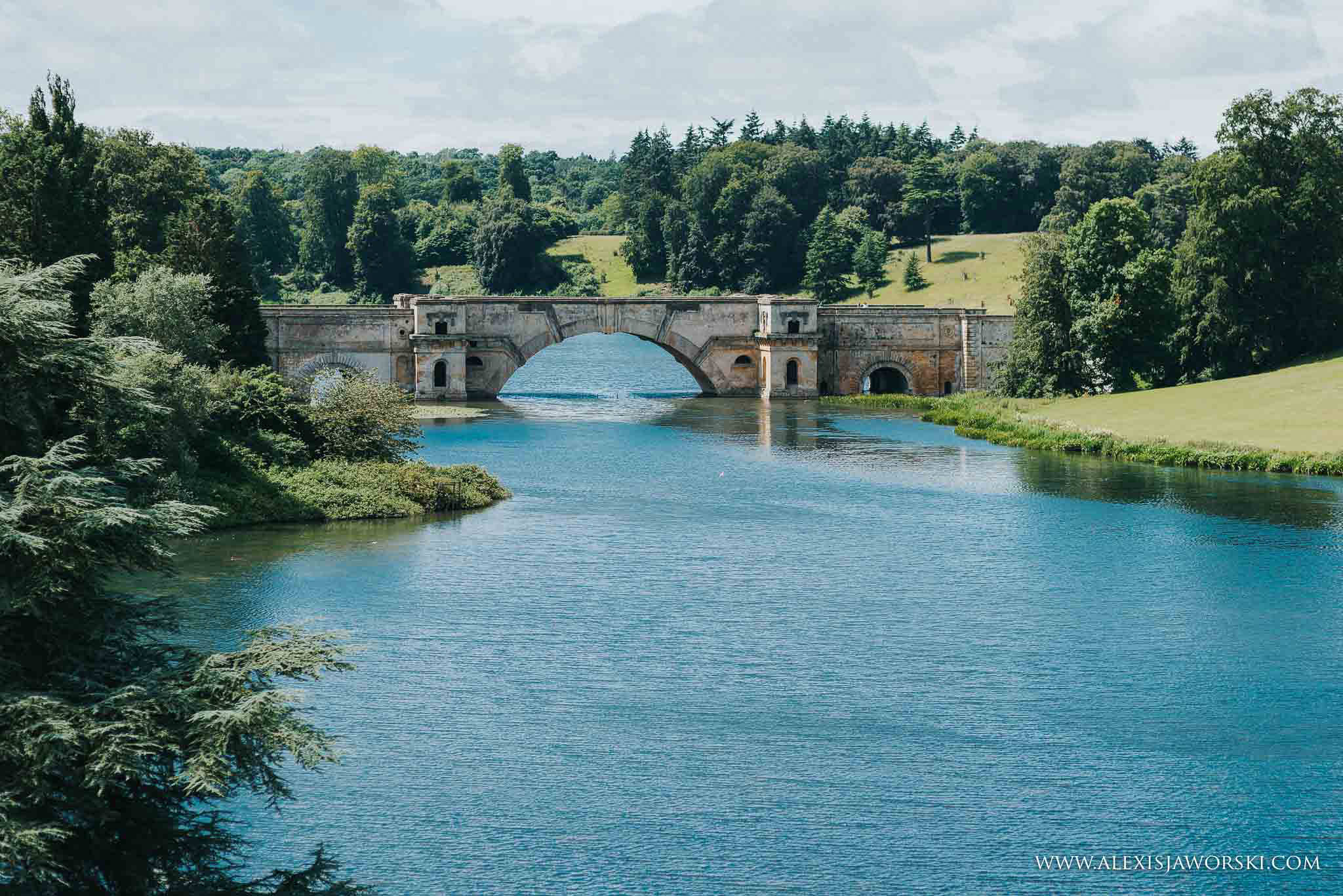 Blenheim Palace river bridge