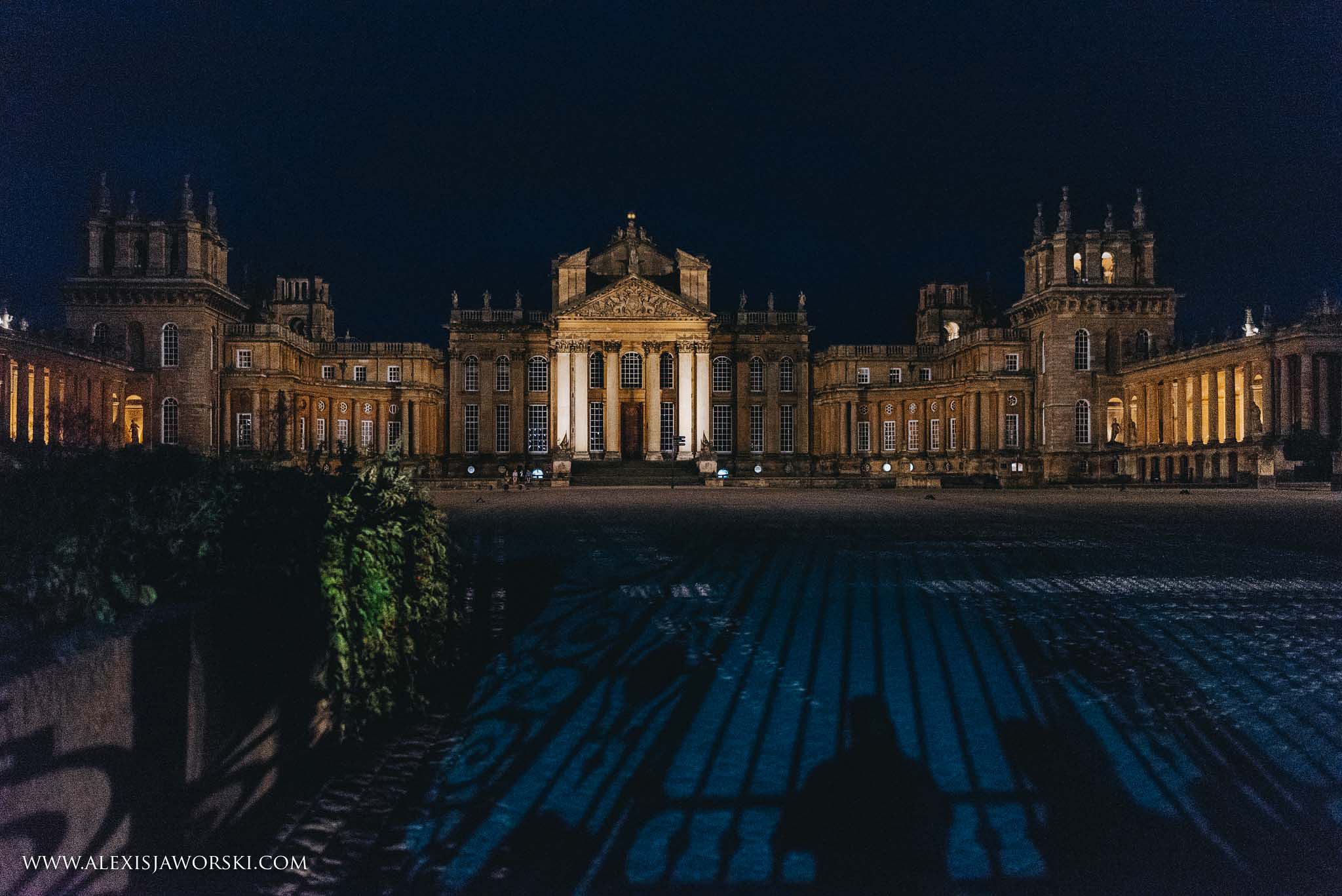 night view of Blenheim Palace